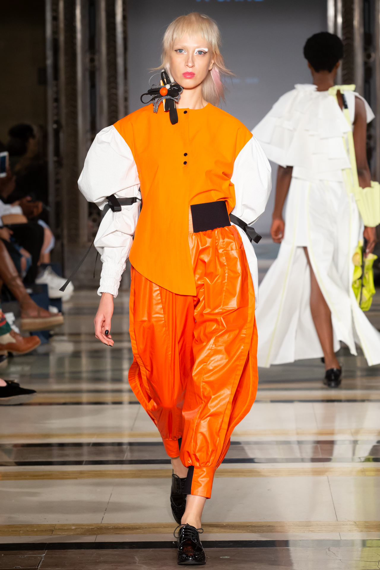 Hailey Baldwin would wear these pants. - Look 015: Look out Virgil Abloh.