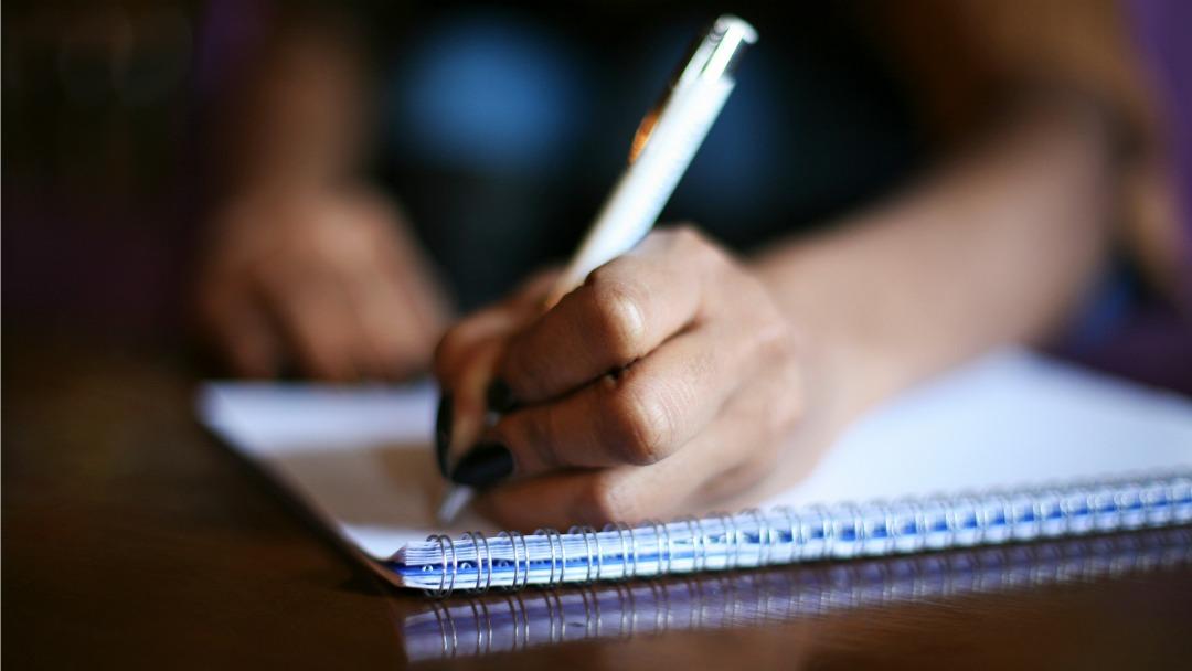 notebook-pen.jpg