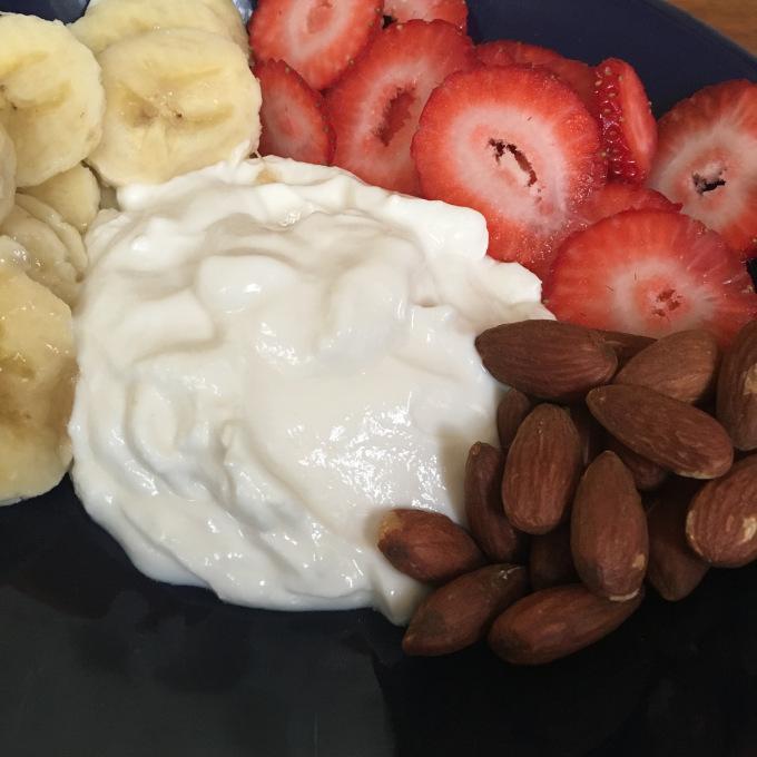 Healthy Parfait Breakfast Kind Granola - The Kissters