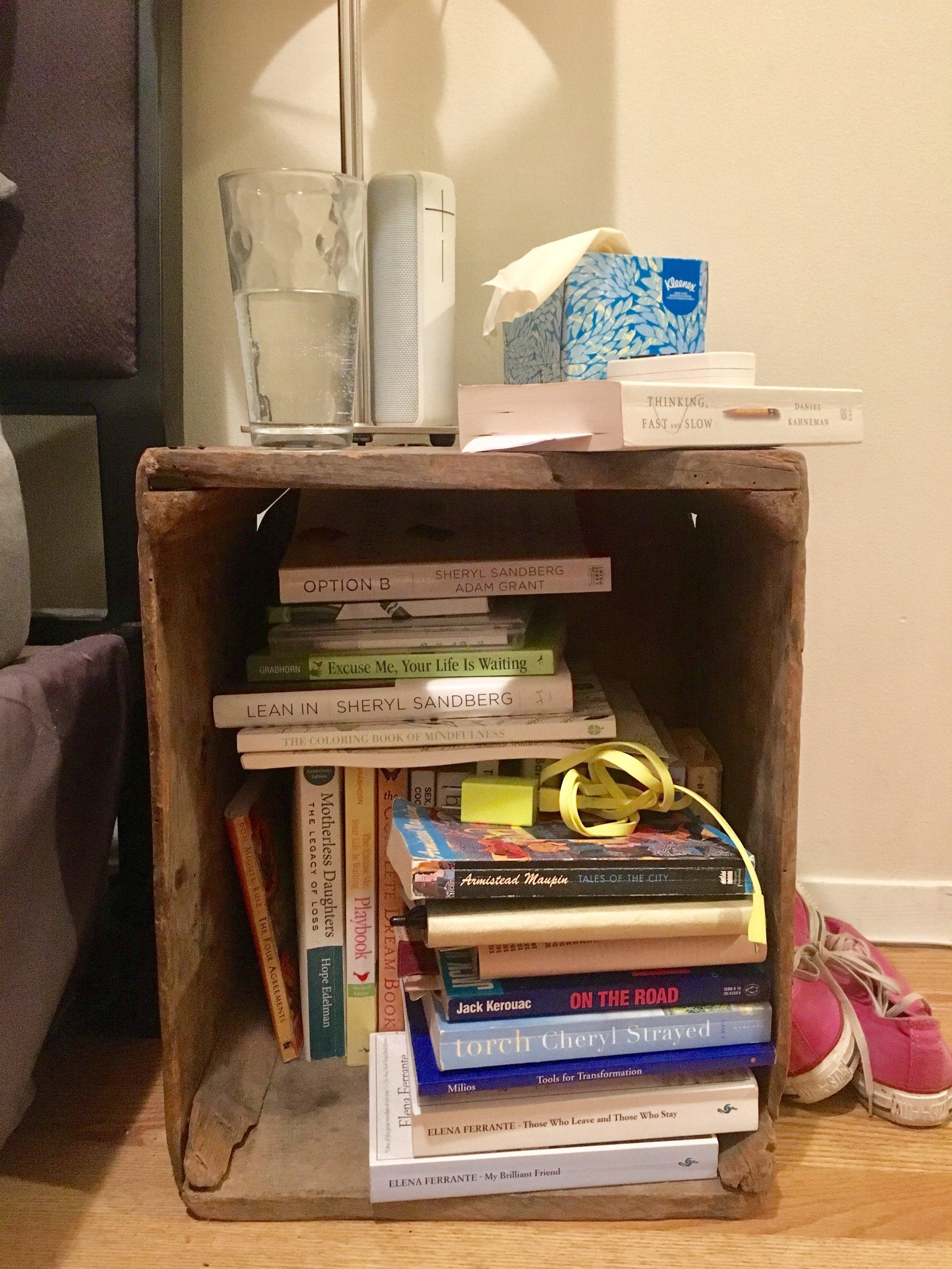 Kon Marie Method Bookshelf Before - The Kissters