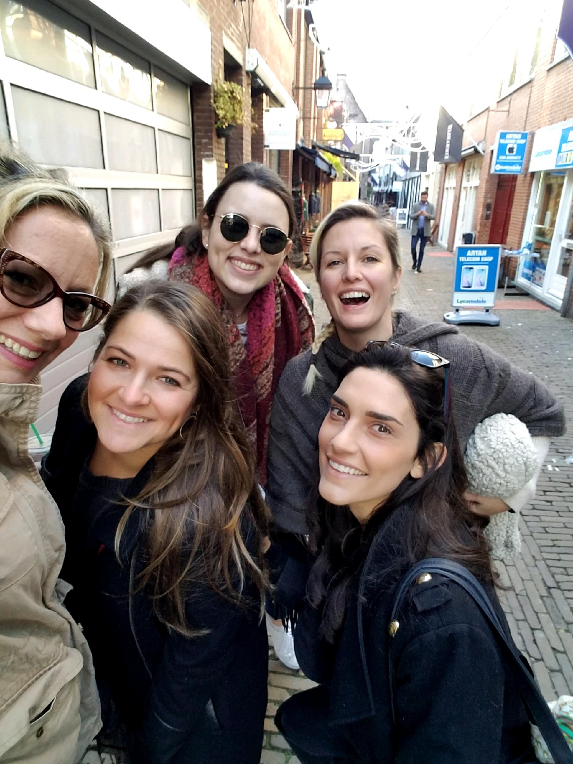 Utrecht Alley - The Kissters
