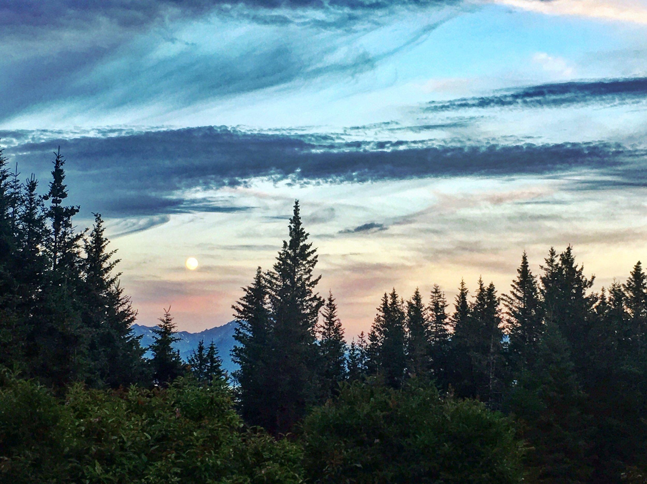 Homer Alaska Sunset - The Kissters