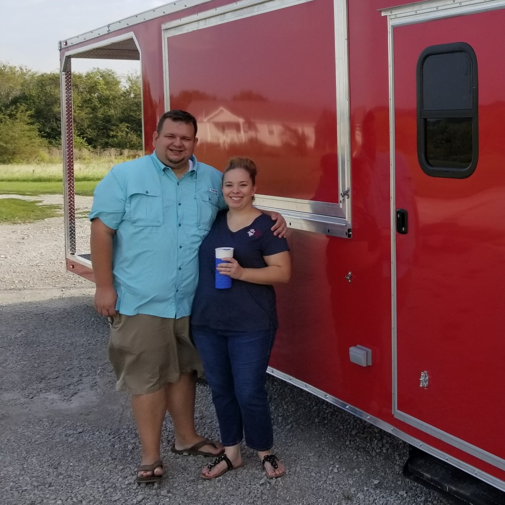 Located in the Greater KC area The Jiggy Pig is a mobile BBQ trailer and caterer. - The Jiggy Pig was formed in March of 2017 by Jaret and Janna Jensen. After 7 years of working in politics Jaret Jensen decided it was time to sling a different type of pork, He and his wife Janna decided to start The Jiggy Pig, a mobile BBQ food trailer and caterer. Together with their team they strive to provide excellent customer service along with some of the best barbecue in Kansas City.