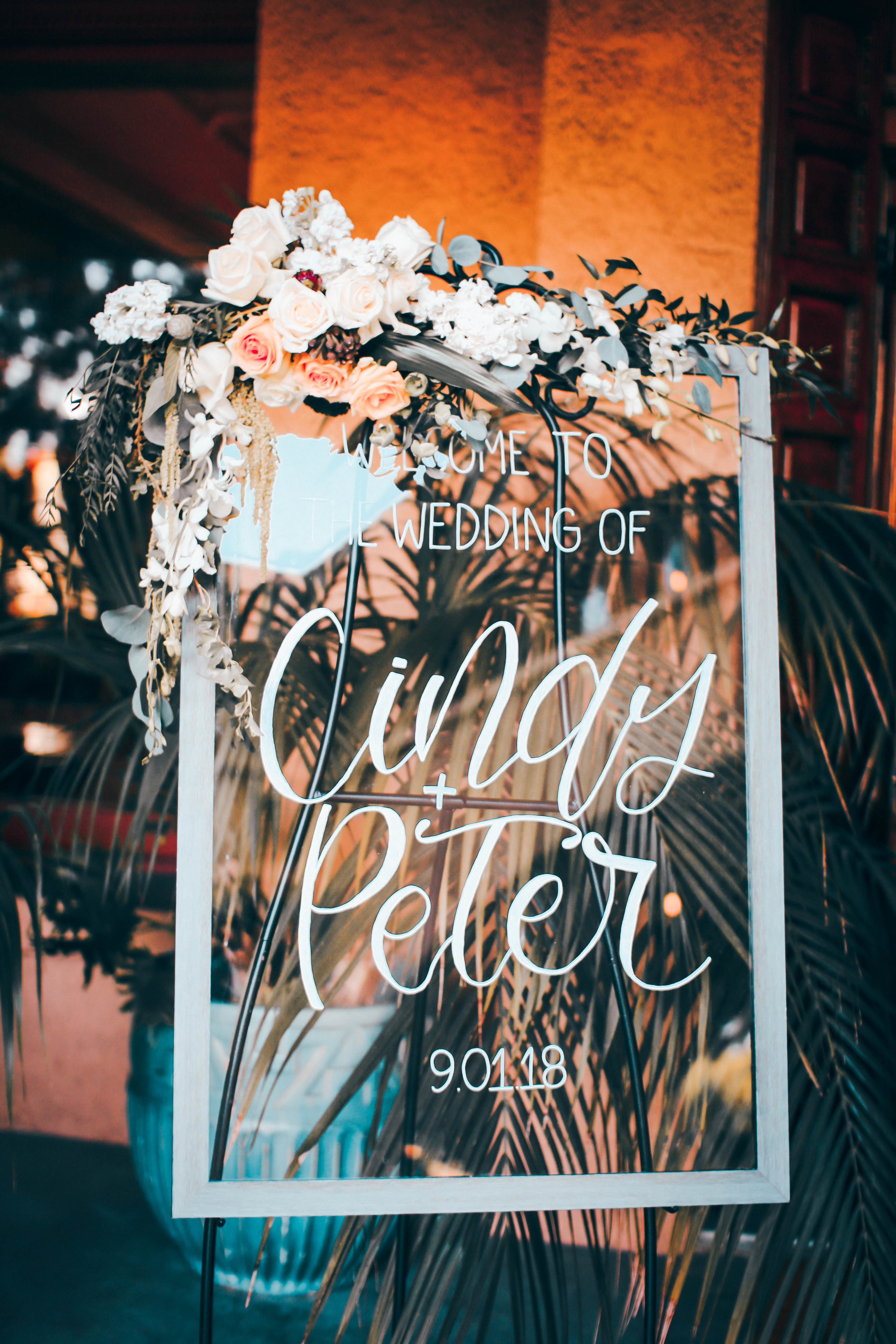 wedding-glass-welcome-sign.jpg