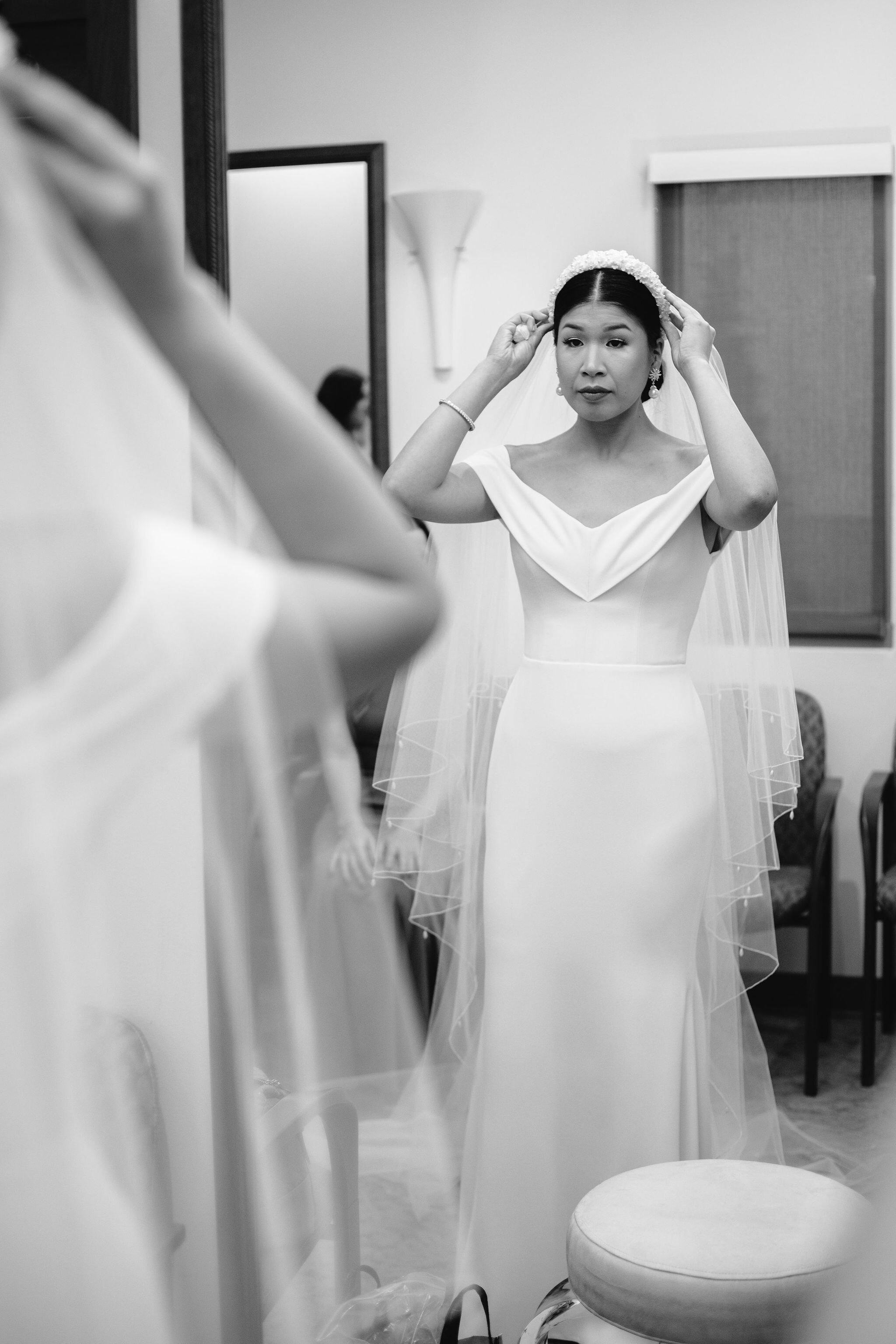vietnamese-bride-getting-ready