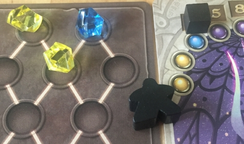 Black uses his yellow yellow blue crystal co-co-co-combo breaker to cure the curse and score 3 points!