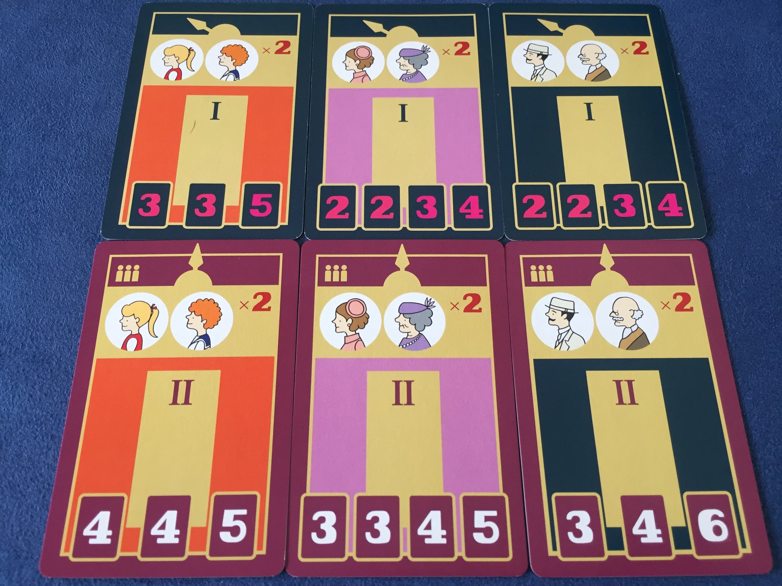 Double-sided elevator cards for the 3-player game and the 2/4-player game.
