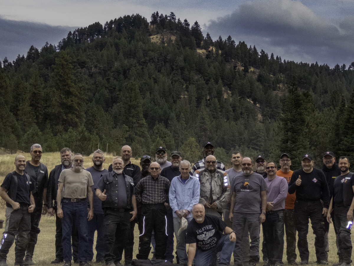 BRCM Group photo - Bear Hollow Camp, Fossil, Oregon