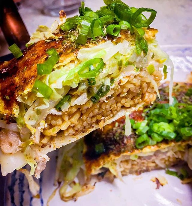 """🚨🚨🚨🚨🚨🚨🚨 New Pop-Up Food Vendor Lookout! """"Hiroshima Style #Okonomiyaki"""" --- Sharing is caring. #PHXNM April 20+21 #foodieconcert Before tix rises to $25, discount for $15 right now! 🎫: #PHXnightmarket.com"""