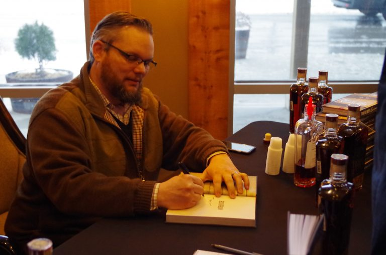 Fred Minnick signs books at Boone County
