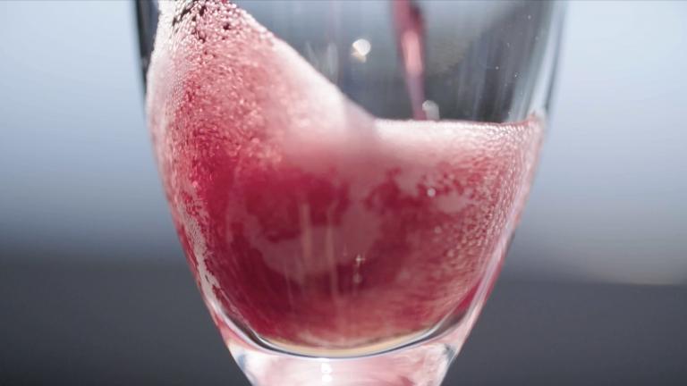 sparkling shiraz, photo courtesy Wine of Australia