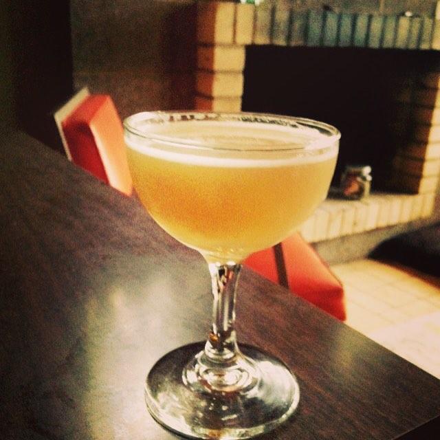 Sidecar cocktail via fartheralong, Flickr