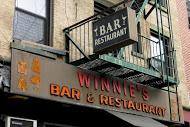 Winnie's RIP, photo by Keith Allison