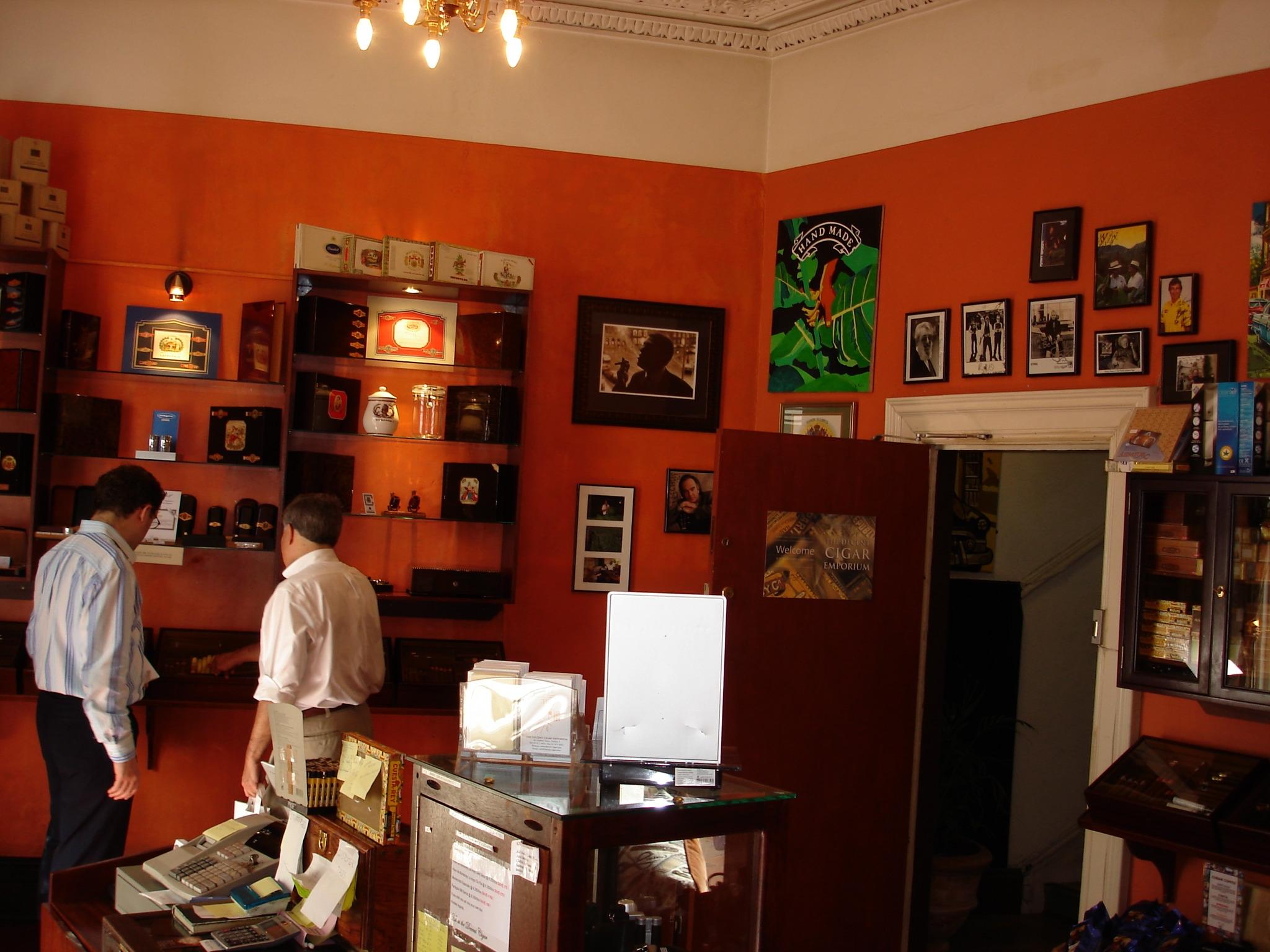Ireland-Cigar-Shop-inside2.jpg