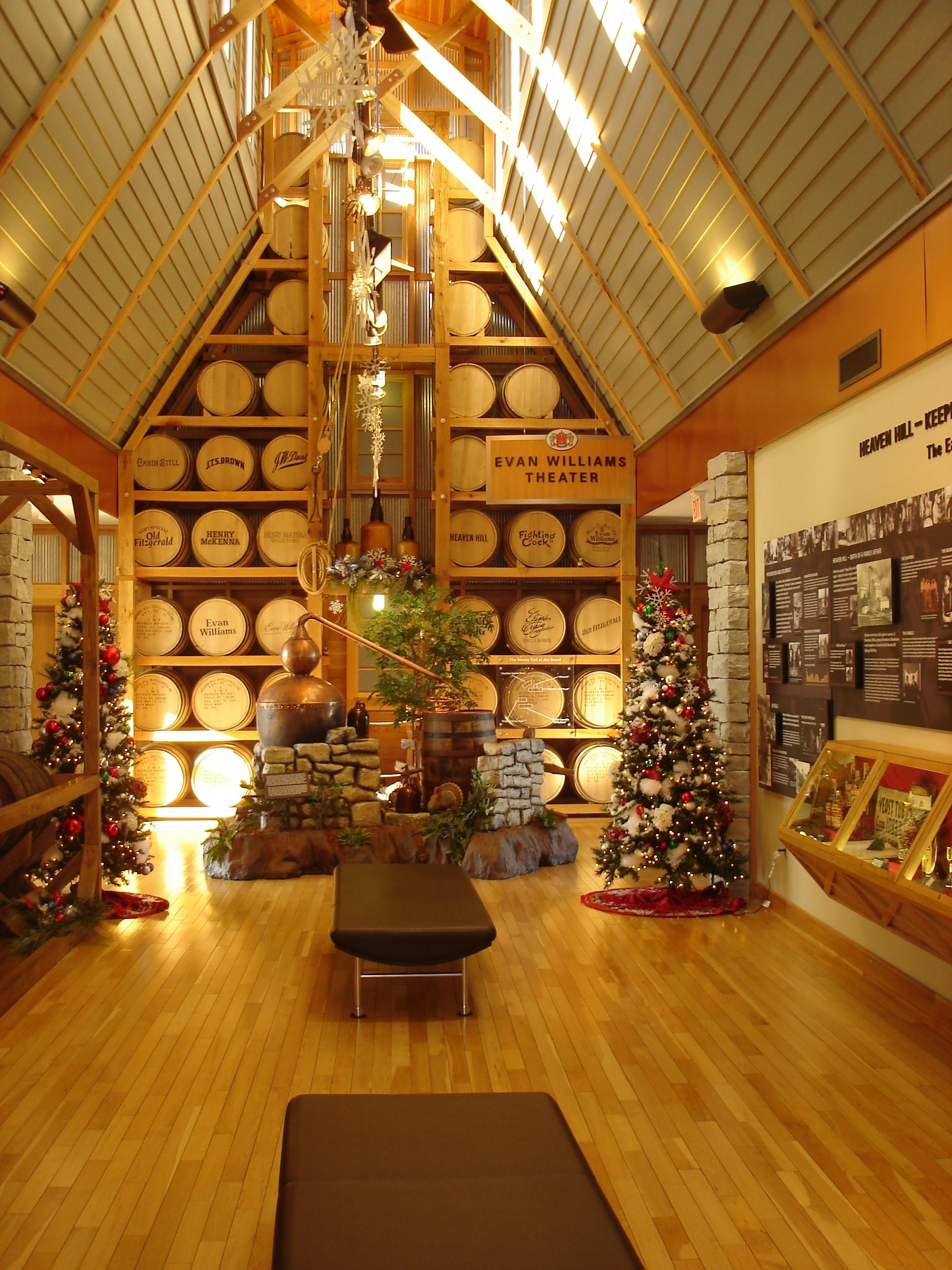 KEN Heaven-Hill-Inside-Visitor-Center1.jpg