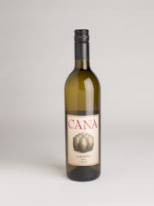 photo of Cana Naranja Reserve (note the clay pots on label) by Lepold Photography