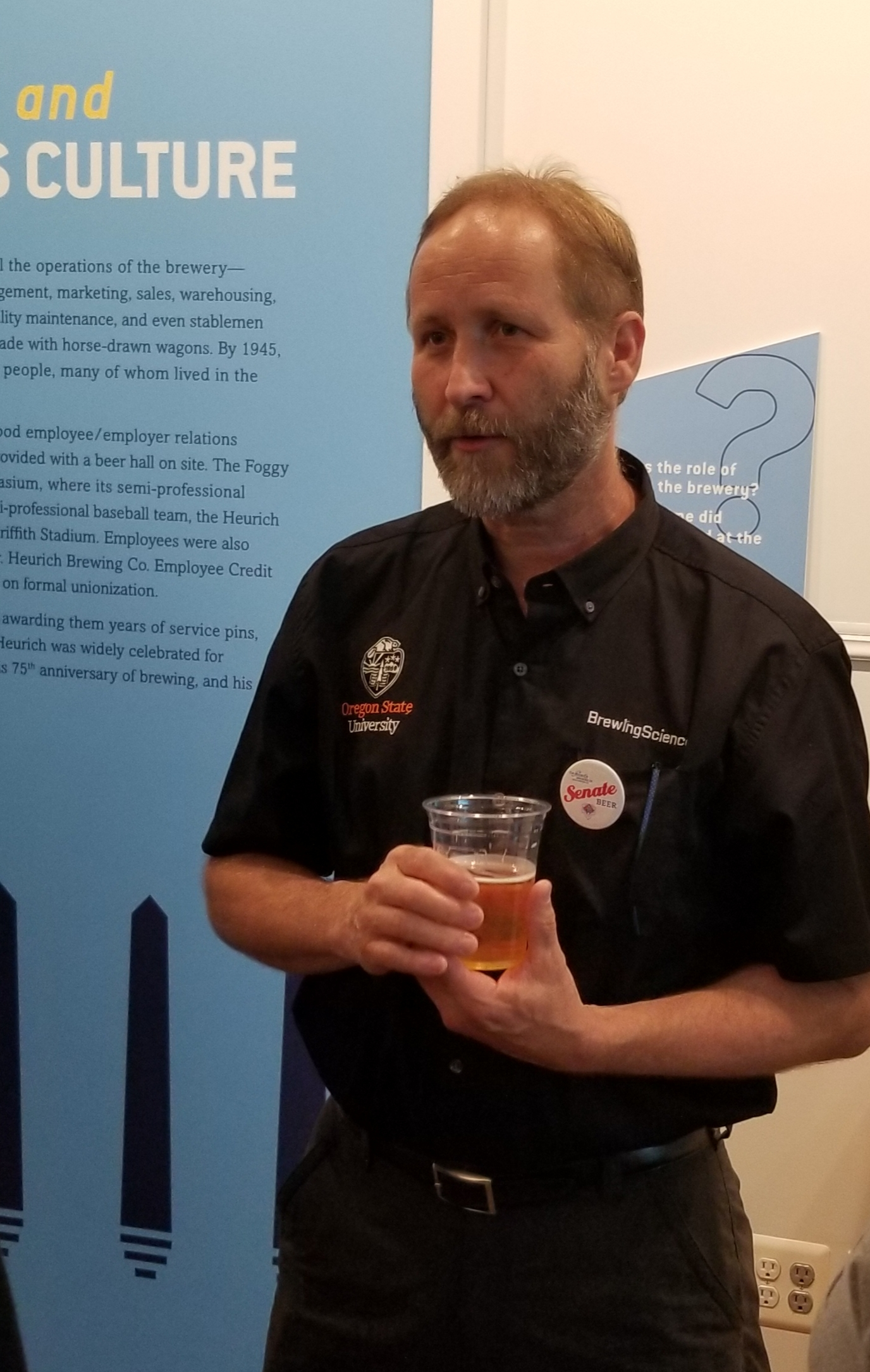 Jeff Clawson, pilot brewer at Oregon State, photo by Phil Galewitz