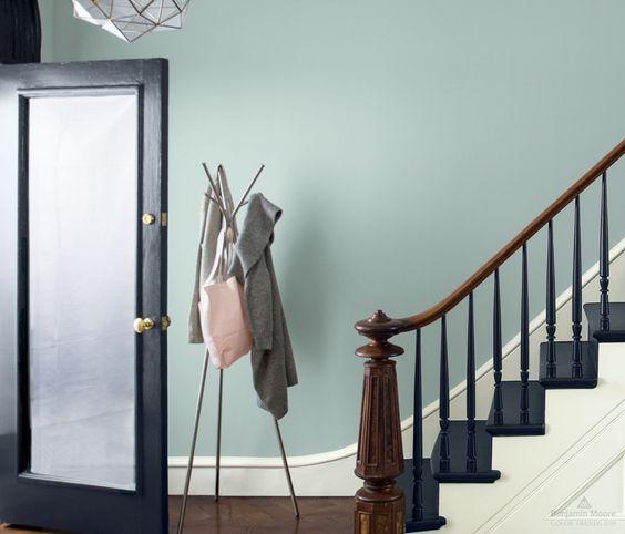 Walls in Smoke 2122-40 | Trim in Decorator's White OC-149