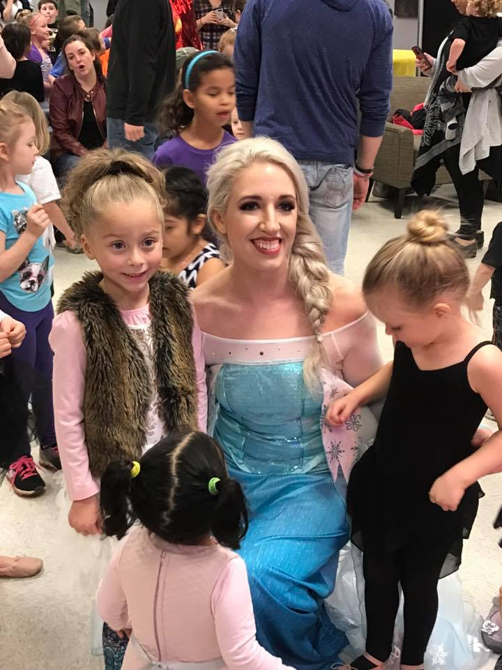birthday party - elsa 1.jpg