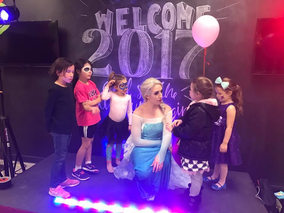 birthday party - elsa 2.jpg