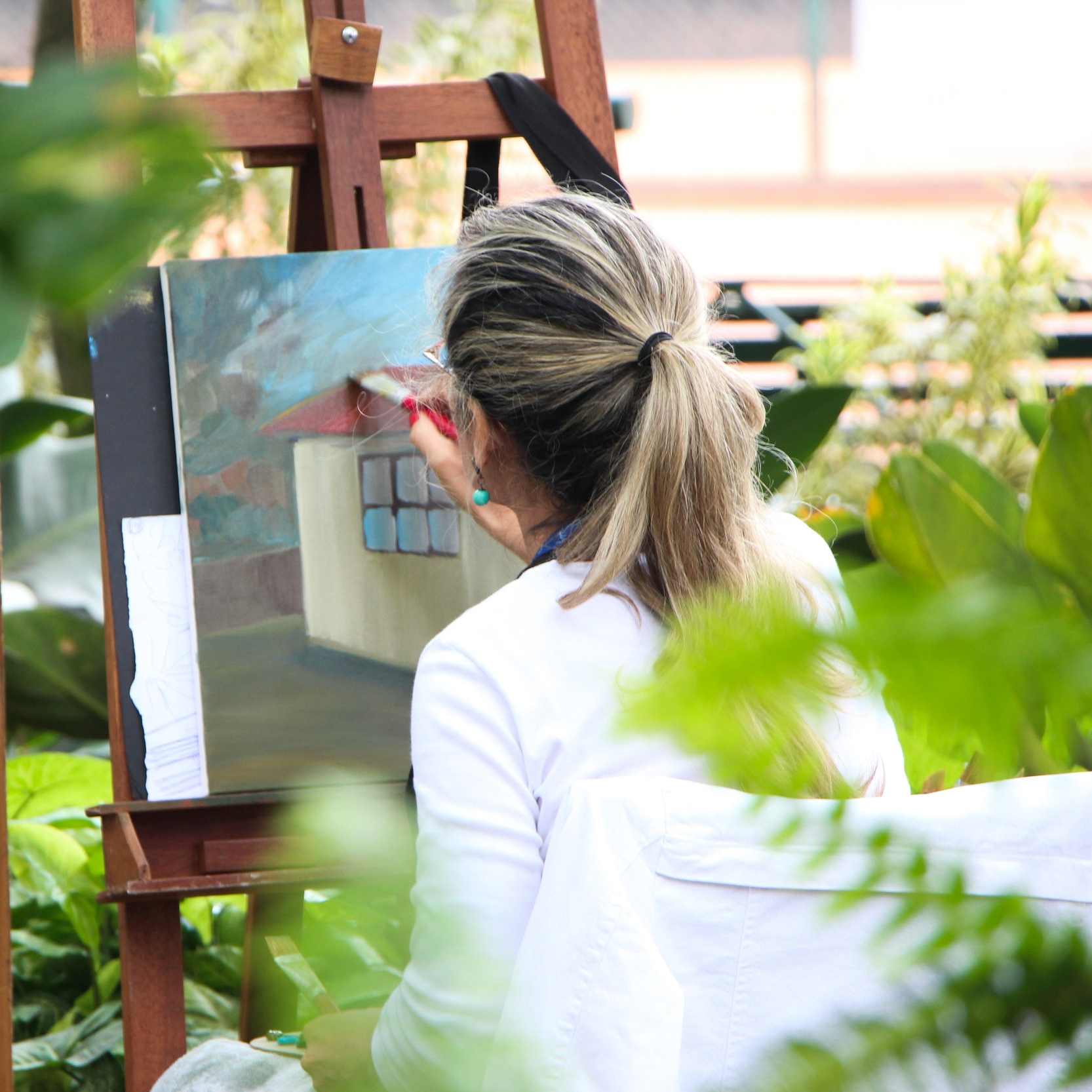 Jowler Creek Winery  features fun wine and painting parties for your bachelorette party, girls night out, corporate team outing or other group events. Our painting parties take place  in Weston Missouri, Kansas City Missouri and St. Joseph Missouri . This  event  is fun and engaging.
