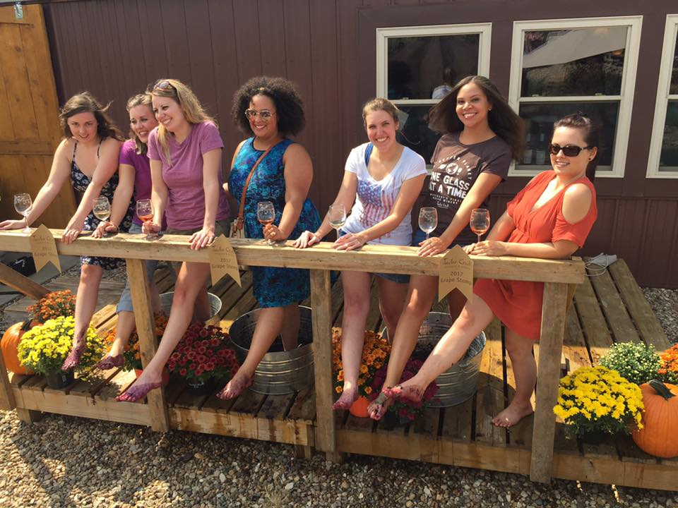 For a girls day in Kansas City, Mo or Weston, Mo come to Jowler Creek Winery's grape stomp. This sustainable winery is near you and this is the perfect bucket item list. At this fun winery event you'll get to stomp grapes, winetasting through our lineup or delicious wines, and get to eat delicious food.