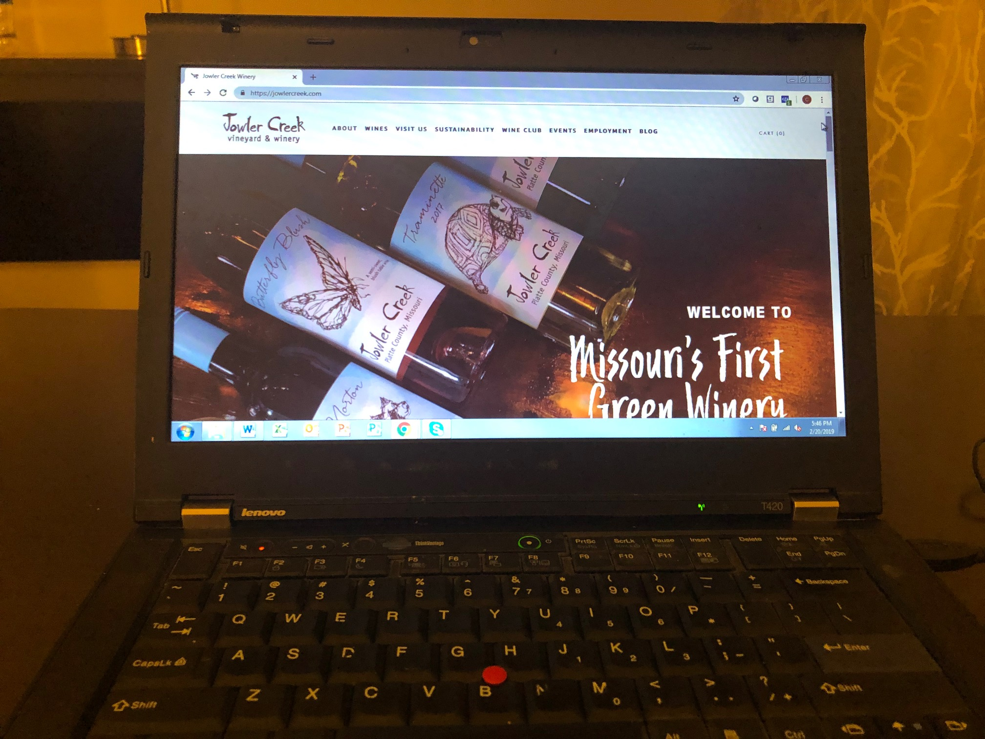 jowler-creek-winery-green-website-design.jpg