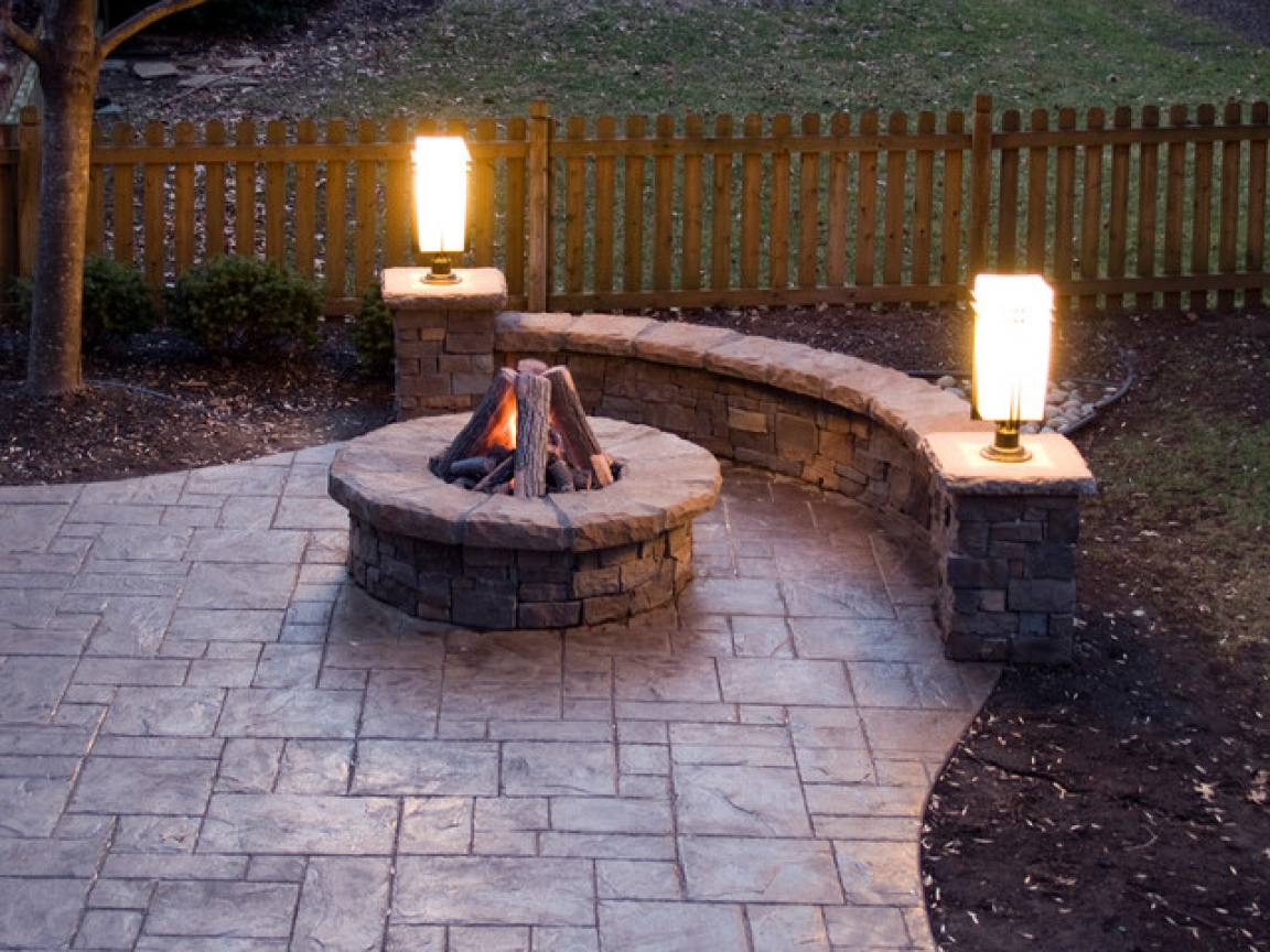 stamped-concrete-patio-with-fire-pit-stamped-concrete-patios-and-bars-with-bbq-f04e85e71f5217ff.jpg