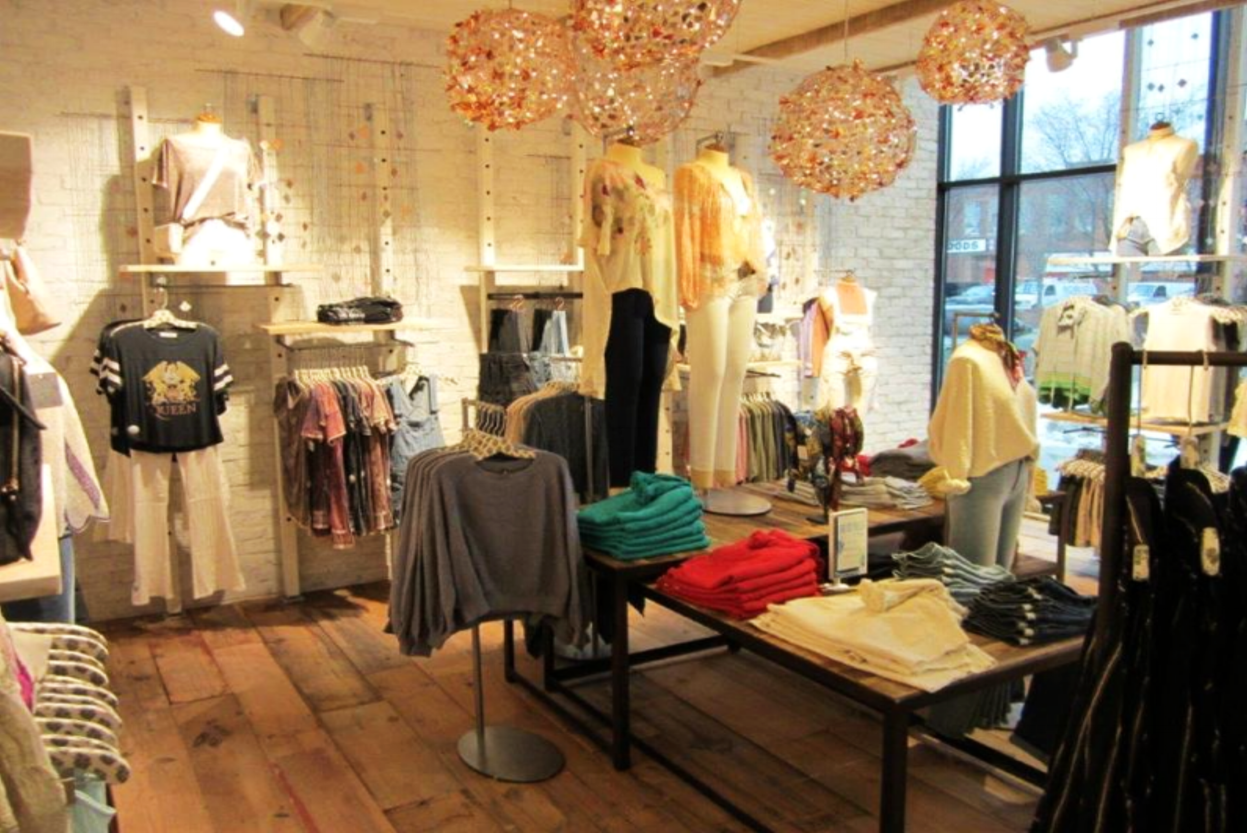 Free People Chicago_2.png
