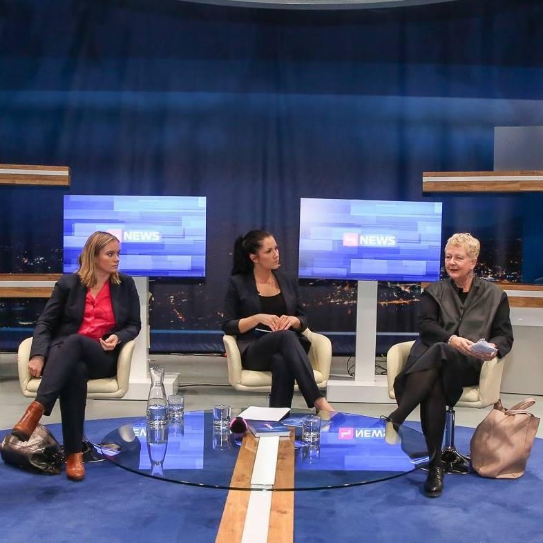 Podiumsdiskussion mit Corinna Milborn und Brigitte Handlos © Katharina Schiffl