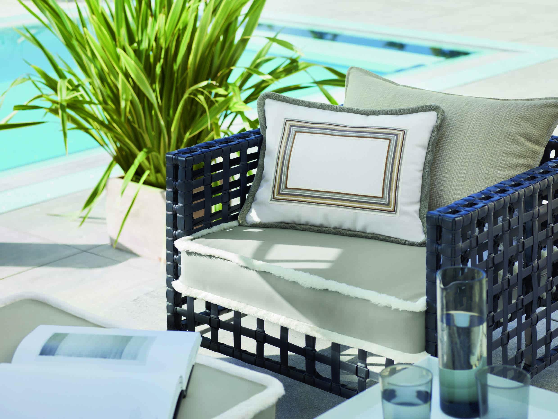 fauteuil-coussins-outdoor-tissu-eau.jpg