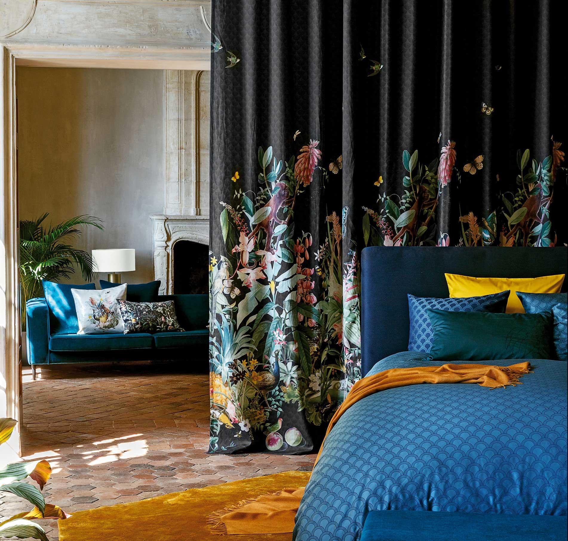 rideaux,-tête-de-lit,-motifs,-fleurs,-feuri.jpg