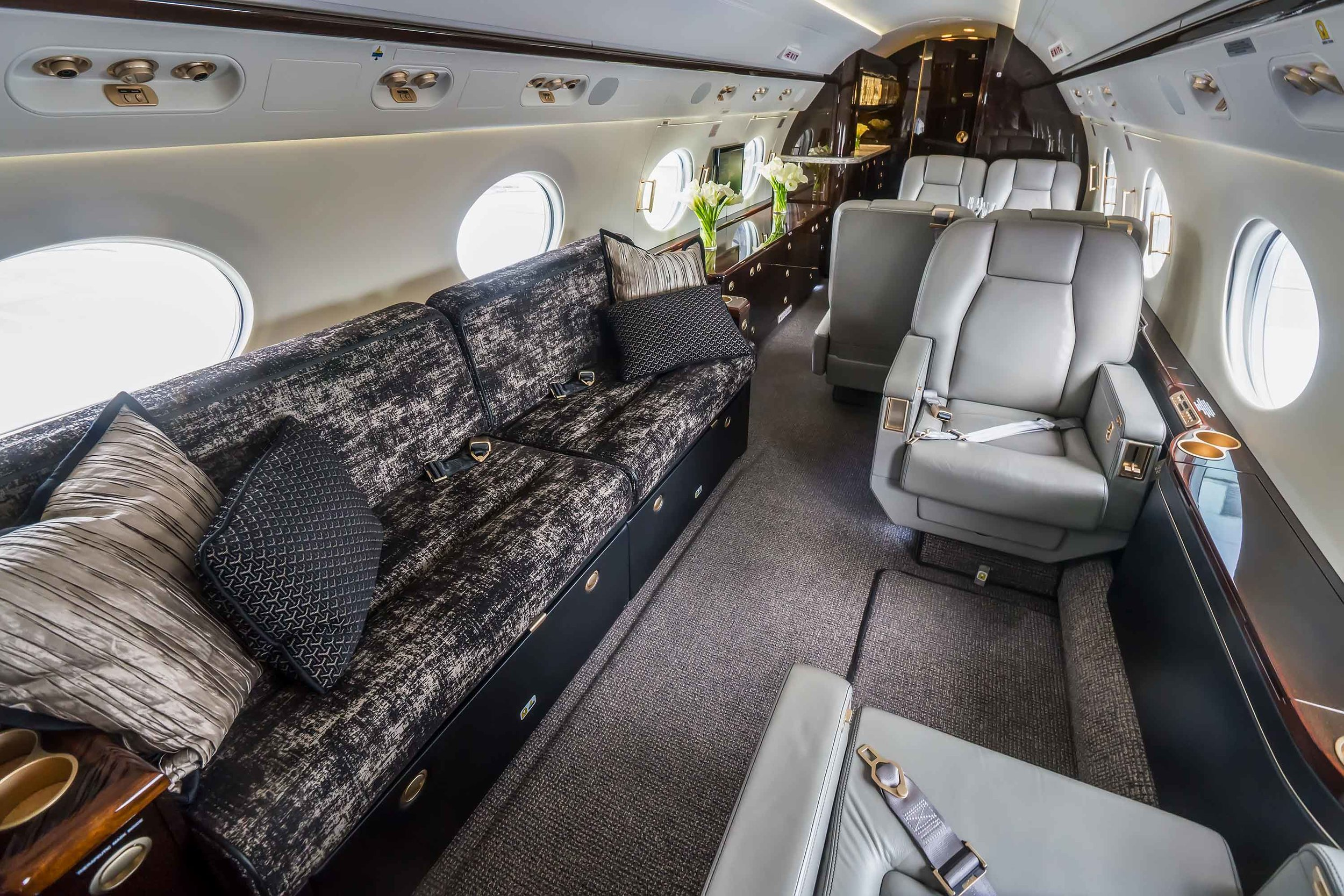 aviation,-funfrock,-canapé,-gainage,-coussin,-avion,-business-jet.jpg