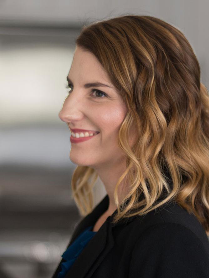 Amy Bergen Headshot