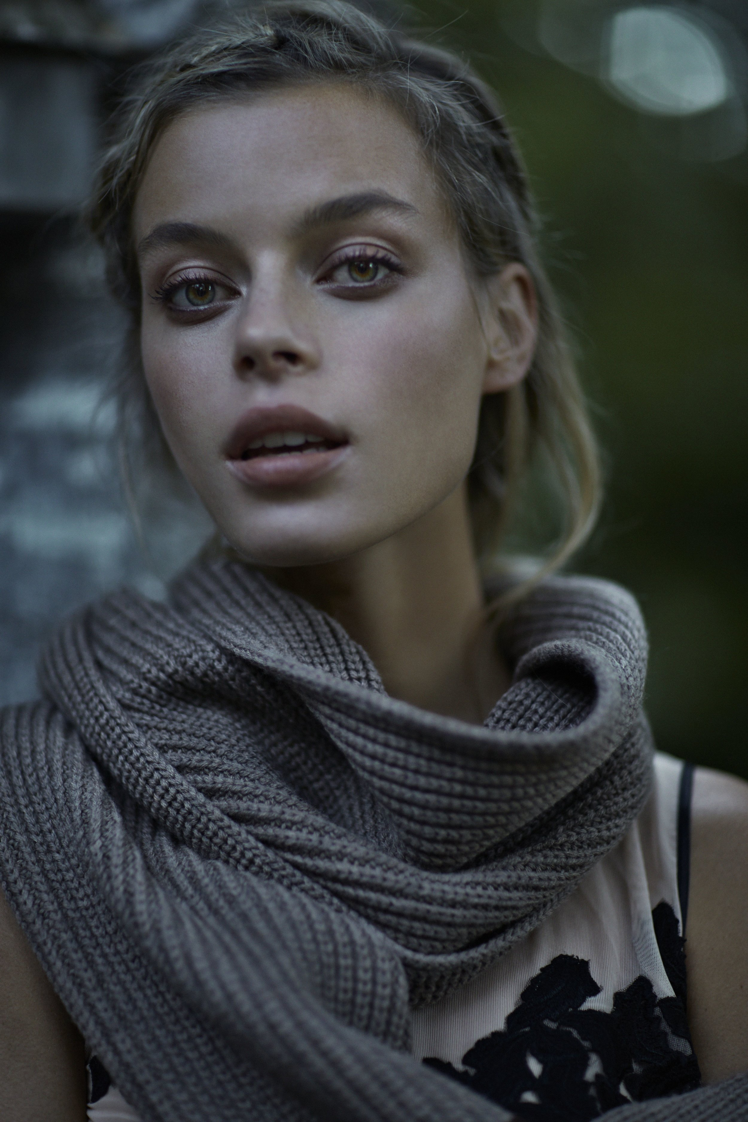 scarf  Tak.Ori  top  Moi Multiple