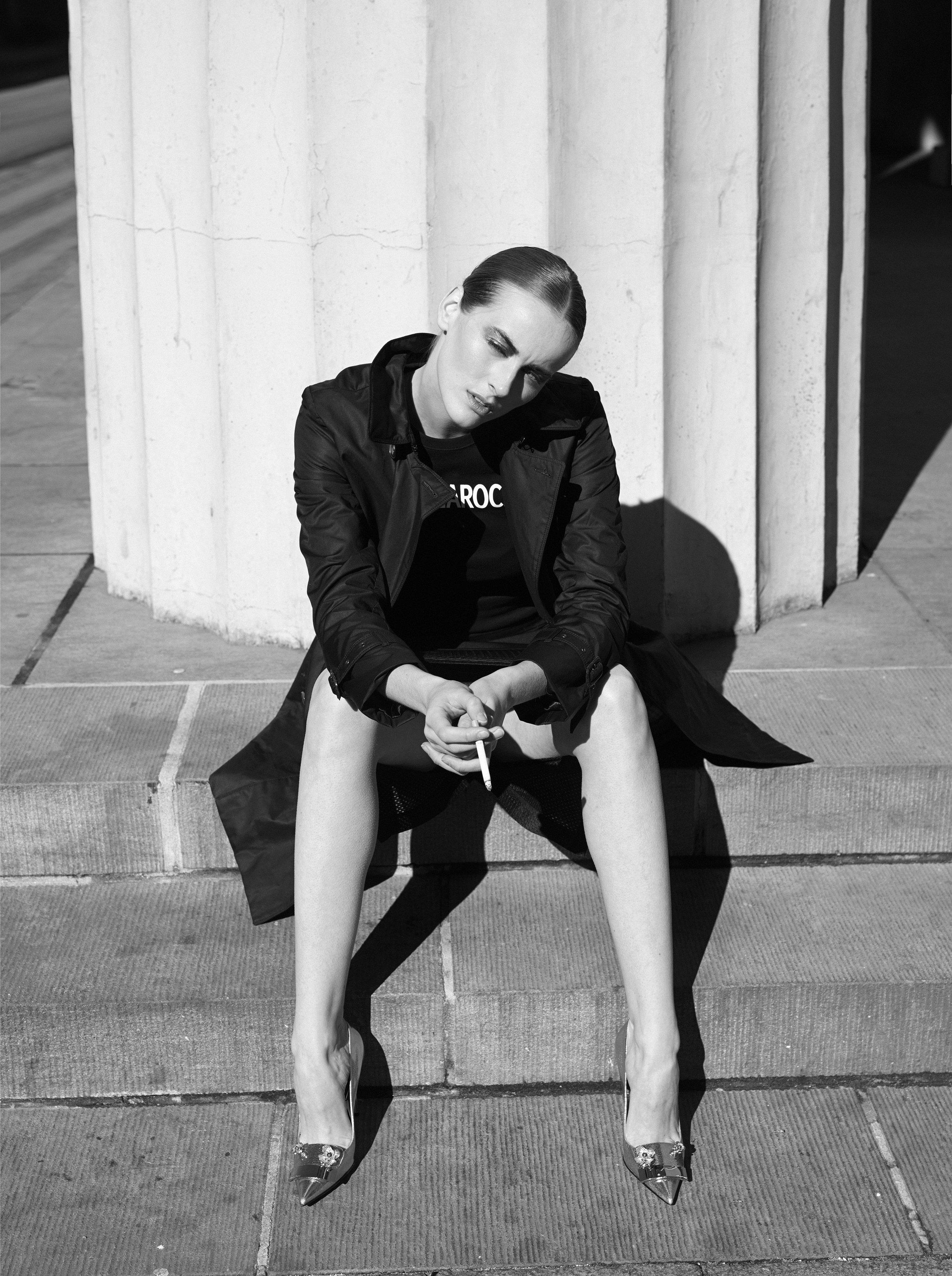 skirt  Franklin Marshall  t-shirt  Guy Laroche  coat  L'impermeabile  shoes  Sergio Rossi