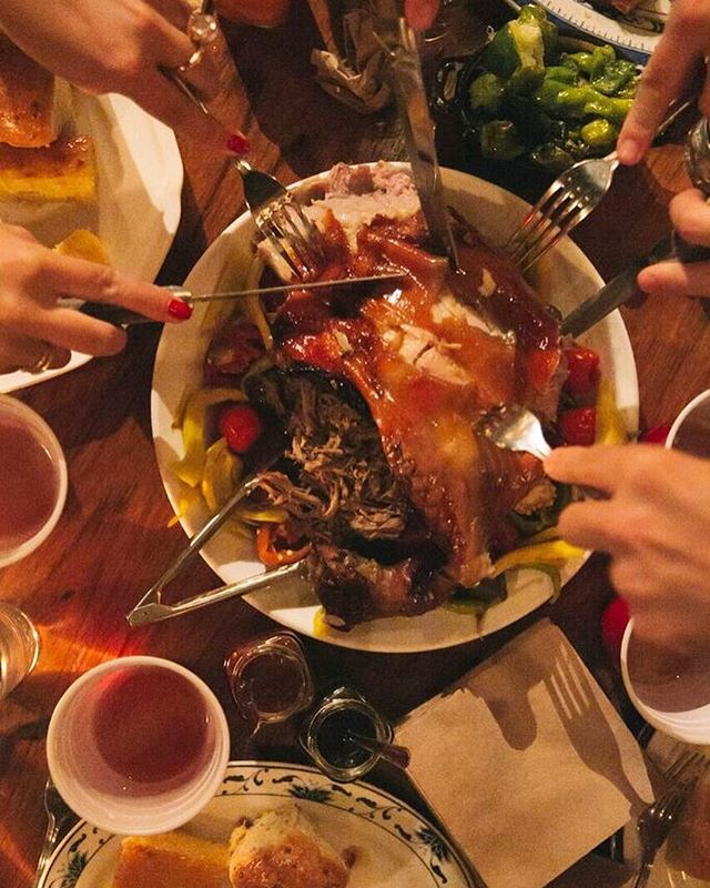 Tickets for our all-you-can-eat+drink Fall Harvest Pork Feast go live today. On 9/18 we'll be dishing out a whole roasted suckling pig from @patlafrieda with all the fixings plus unlimited @sixpoint beer. Full menu and tickets in bio 🎟🍽🍻