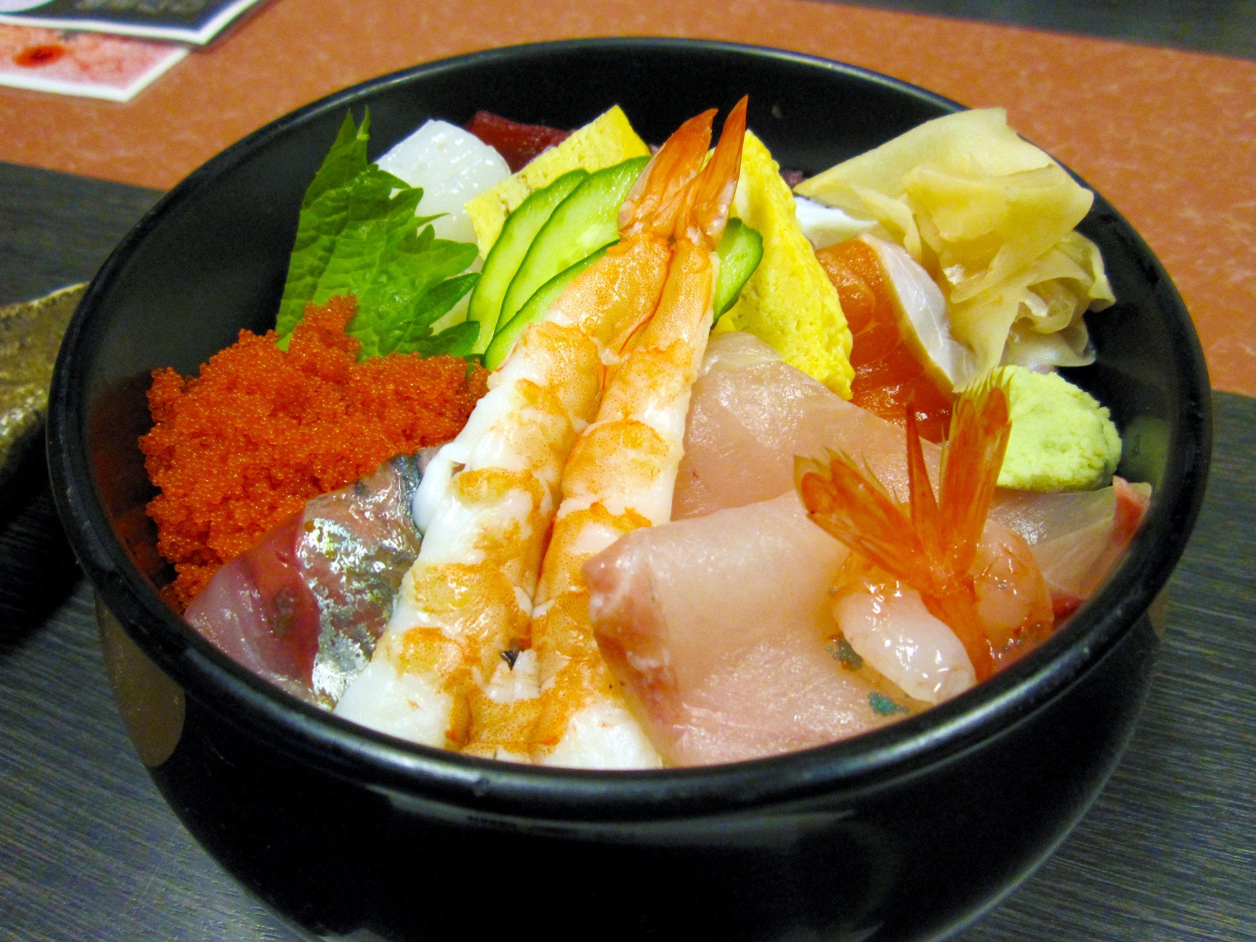 Chirashi_Zushi_Special_Bowl_San_Francisco_Japanese_Restaurant_Kui_Shin_Bo.jpg