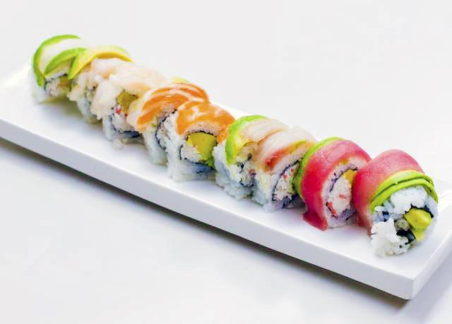 Rainbow_Roll_San_Francisco_Japanese_Restaurant_Kui_Shin_Bo.jpg