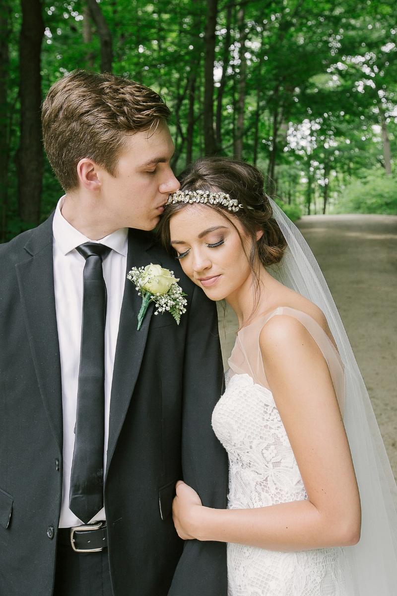 Organic-Summer-Wedding-Inspiration-Glamour-Lace-Events.jpg