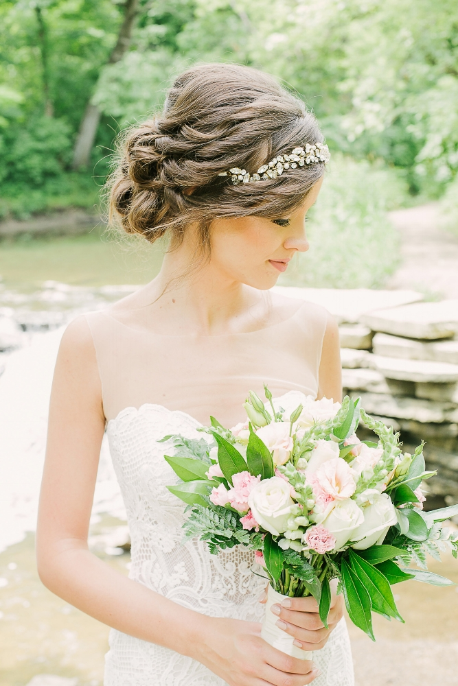 Chicago-Outdoor-Wedding-Inspiration-Glamour-Lace-Events.jpg