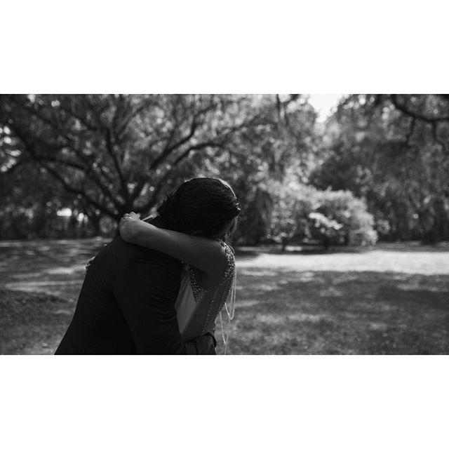 First look feels. . . . . #weddingphotography #weddingphoto #weddingvideo #engaged #epiclovepic #intimatewedding #wanderingphotographers #risingtidesociety #bohobride #candidphotography #weddingideas #radlovestories #engagementphotos #coloradoweddingphotographer #lookslikefilm #greenweddingshoes #radstorytellers #peoplecreatives #wedding #bride #groom #justengaged #shesaidyes #sanluisobispo #californiawedding #texaswedding #southcarolina #charleston #destinationwedding #legarewaringhouse