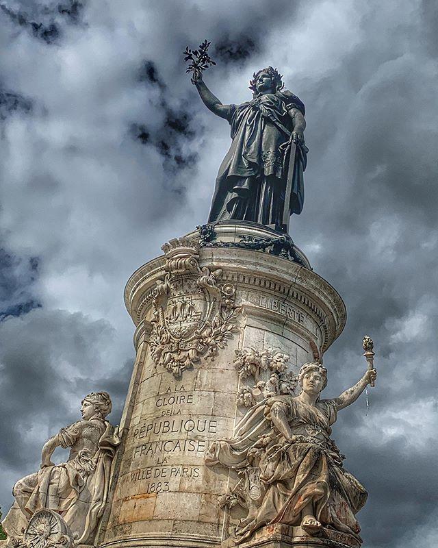 #placedelarepublique #drama #monument #clouds #sky #paris #france #photography