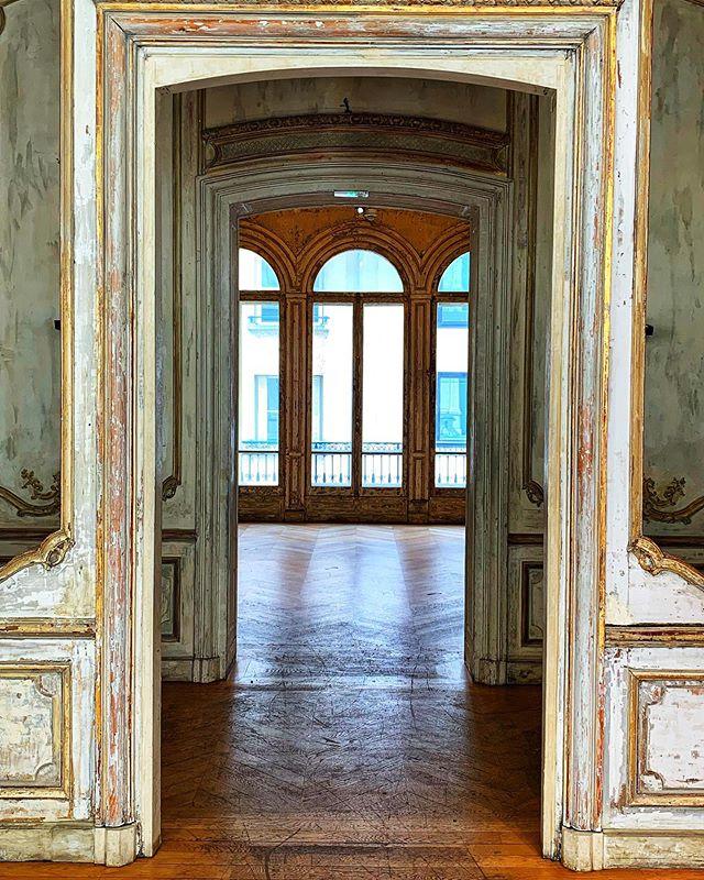 #doorways #ballroom #ballet #dance #opera #anotherera #specialplace #interiors #design #paris #france #photography