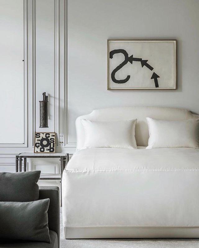 avenue montaigne apartment by #josephdirand 📷 @_martin_morrell for @tmagazine aka my dream bedroom.