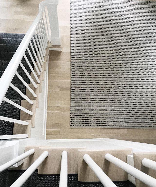 foyer details