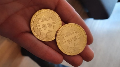 Hoe betalen met bitcoins definition crypto-currency laws in nc