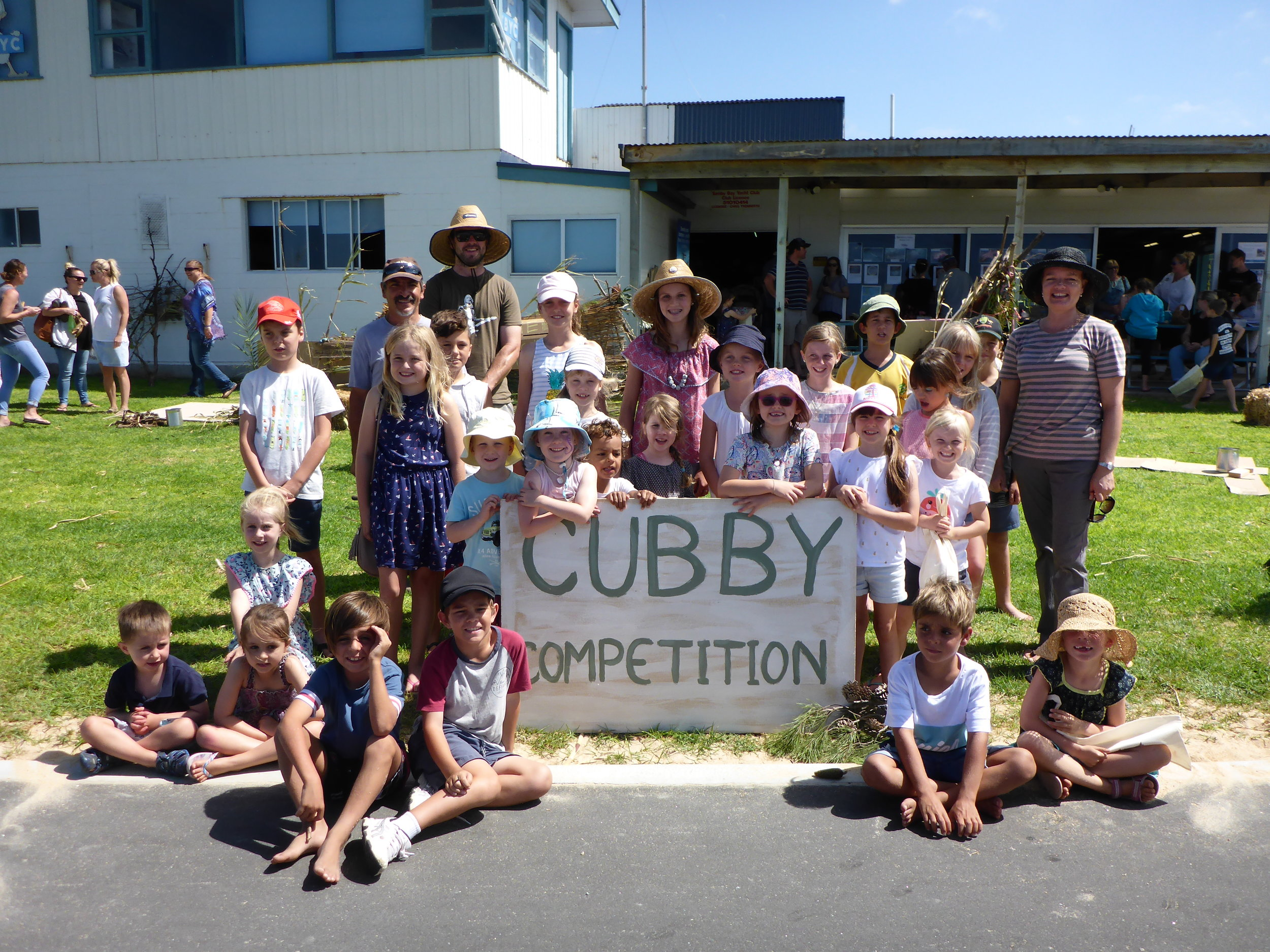 Tumby Bay Cubby Competition - On 12 March 2018, the annual 'Tumby Market @ the Bay' took place on Eyre Peninsula. However, instead of the usual bouncy castle, long line-ups for face painting, and sugary drinks, the organisers held a cubby building competition for family groups to build a structure on the beach, sponsored by Amongst It.