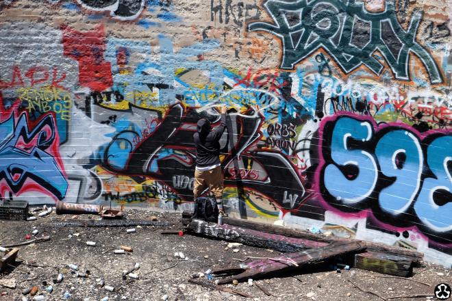 ape-is-dapper-los-angeles-nazi-yards-graffiti-18.jpg