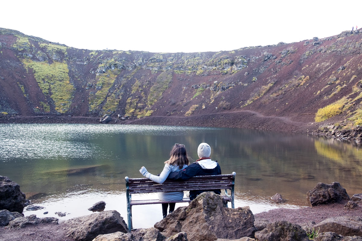 6 days in iceland golden circle kerid crater bench